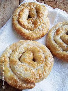 Plăcintă învârtită cu brânză sărată - Cartea de Bucate Aromate