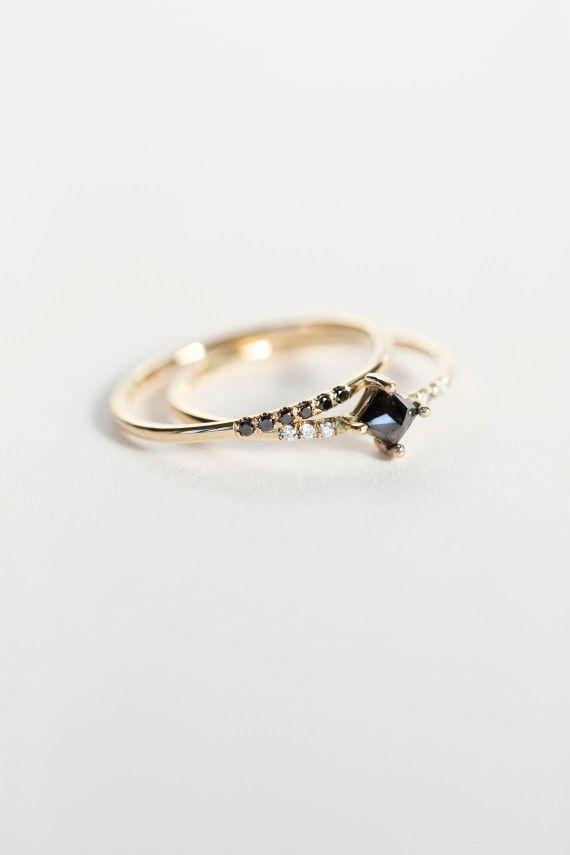 Jennie Kwon Designs - Diamond Equilibrium Point Ring   BONA DRAG