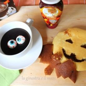 Halloween pancakes. Condivisa da: http://laginestraeilmare.blogspot.it/