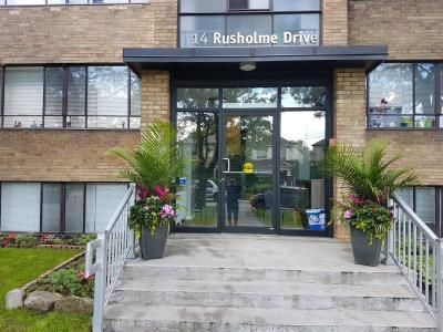 12-14 Rusholme Drive, Toronto. Call 866.930.6658 located at Dundas St W & Dufferin St