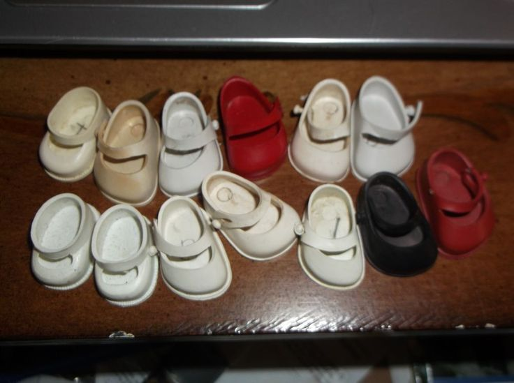 1950's DOLL SHOES ODD LOT OF 13 SHOES Accessory for 8 inch dolls