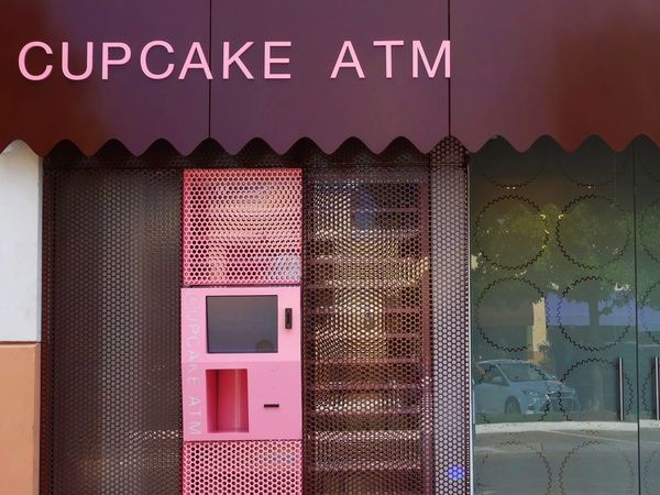 24-hour Cupcake ATM to rock Houston's dessert world: Late-night sugar addicts rejoice
