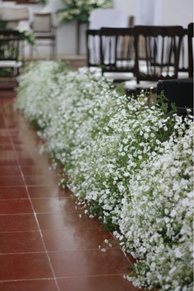 Al dar tus primeros pasos rumbo al altar este pasillo decorado finamente con nube será testigo del gran amor.