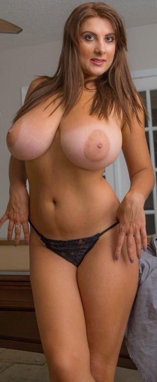 Big mature women xxx pics