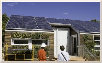 Edificaciones verdes. Asesoramos a los profesionales de la construcción en el diseño y desarrollo de proyectos ambientales con el ambiente, concebidos para ahorrar energía y recursos naturales. Viviendas aisladas con muy bajas pérdidas de calor, sin sistemas de aire acondicionado, evitando el elevado consumo energético que generan. Sistemas de captación solar para el abastecimiento de agua caliente y climatización de espacios. Azoteas verdes. Aprovechamiento de residuos y mucho más.