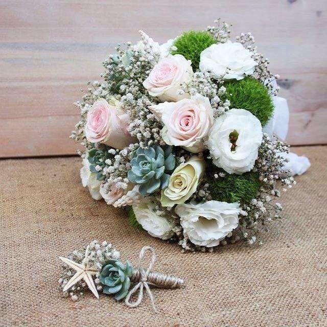 """Gelin buketinizin nasıl olmasını isterdiniz? Mevsim çiçekleri, sukulentler, yeşil bitkiler...  Fikir edinmek için """"Gelin Buketi"""" sayfamızı ziyaret edebilirsiniz. http://terraquadesign.com/gelin-buketi/ #terraquadesign #gelin #buket #bridal #wedding #weddingbouquette #summer #beautiful #bridebouquet #bouquet #bride #bouttiniere #düğün #nikah #nişan #gelintaci #damat #sukulent #succulent #succulentweddingbouquet #succulove #lovegreen #rose #seashell #istanbul"""