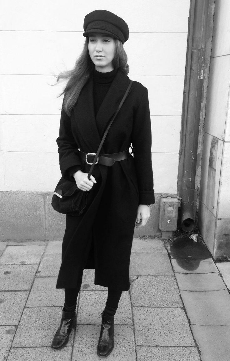 Uniform Style. Stockholm. #streetstyle #fashion #uniform #autumn