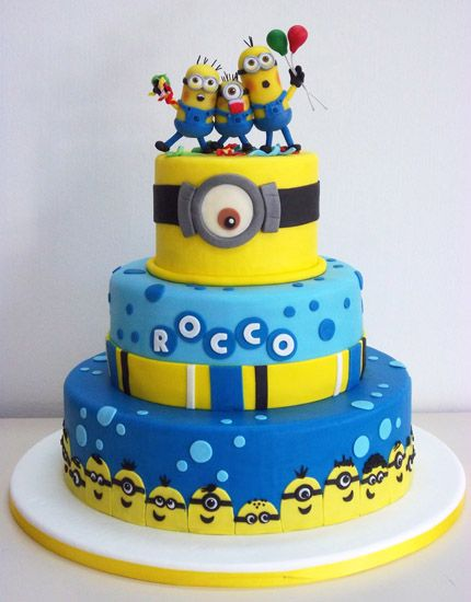 Original tarta para celebración de cumpleaños Minions