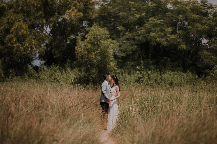 Engagement Portrait of Lia & Tan in Lembongan