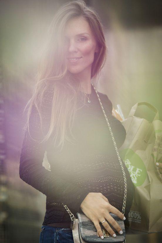 Стиль во время беременности, модная мама, мода для молодых мам, стиль молодой мамы, как одеться во втором триместре беременности