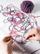 Tässä sarjassa esittelemme neuletekniikan ja sitä soveltaen tehdyn neulemallin. Tällä kertaa vuorossa on Crazy Wool -tekniikalla toteutettu bolerokangas käsinkehrätystä silkkilangasta ja sifonkikankaa...