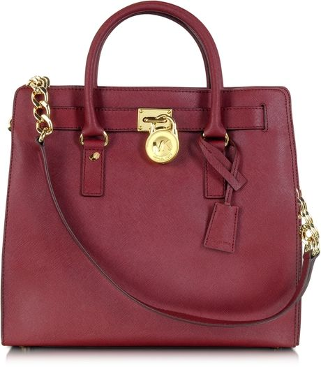 love this bag!!! Hint hint...thanx for finding this elizabeth:)