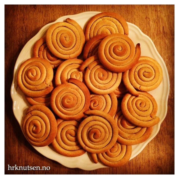 Grynmjølsrengakaka, er en tradisjonsrik «brødkake» fra Nord. Den blir ofte brukt som en en form for brødskive. Smaker fantastisk med smør, og deilig pålegg på! Denne oppskriften kommer…