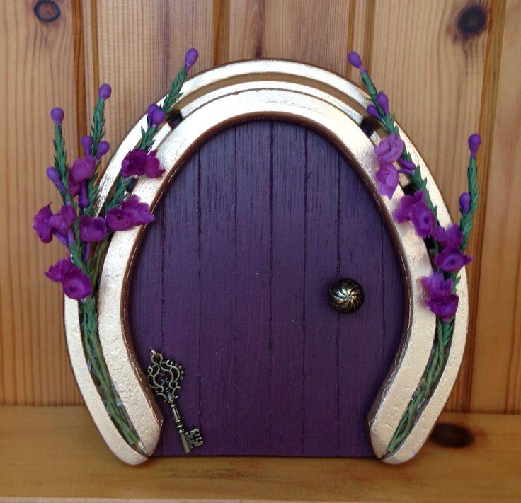 Lucky heather horseshoe fairy faery door
