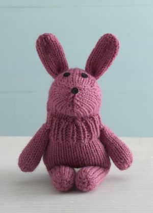 Bouncy Bunny Sock Critter #Freepattern #Knit, perfect little toy to go with the Easter basket