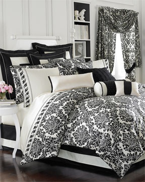 black & white damask bedroom set! LOVE this print!
