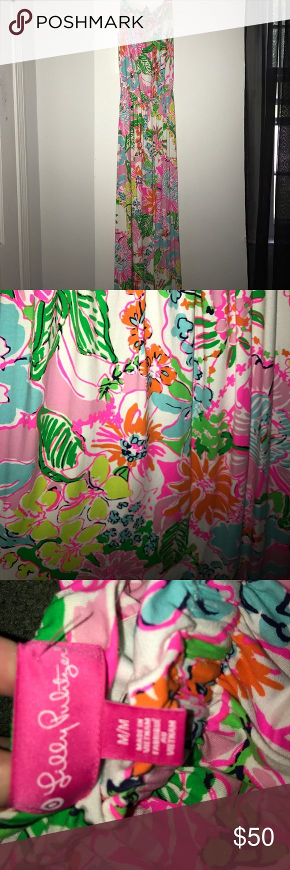 """Lilly Pulitzer for Target maxi dress Strapless Lilly P maxi dress. I'm 5'7"""" & it covers my feet completely. Only worn once, in perfect condition.  Size Medium but fits a small Lilly Pulitzer for Target Dresses Maxi"""