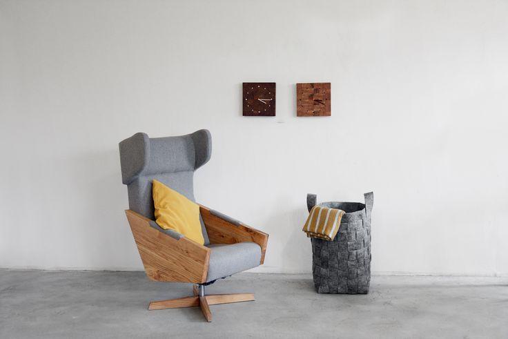 LIU armchair