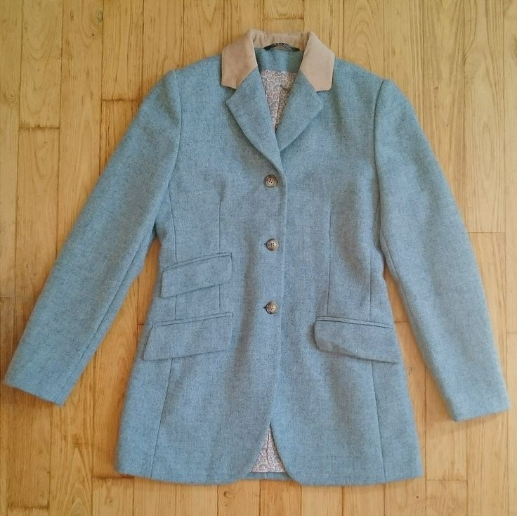 VINTAGE LAURA ASHLEY HACKING JACKET from wwwy