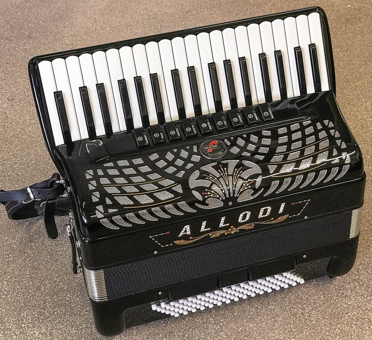 Now available on our website: Fantini Allodi 37... Have a look here http://thereedlounge.com/products/fantini-allodi-37-key-96-bass-piano-accordion?utm_campaign=social_autopilot&utm_source=pin&utm_medium=pin