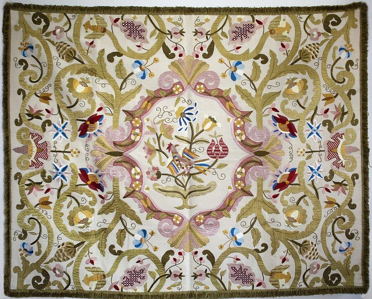 Castilian Silk Embroidery Wall Tapestry - Bordado de Castelo Branco