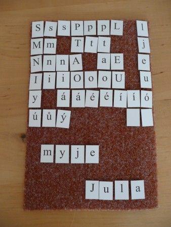 Učím (se) rád: skládací abeceda na suchý zip - bezva nápad paní Jarmily Jokešové - určitě si pro prvňáčky objednáme :-)