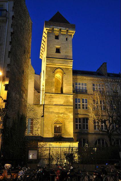 La tour Jean-sans-Peur, une tour médiévale au coeur de Paris