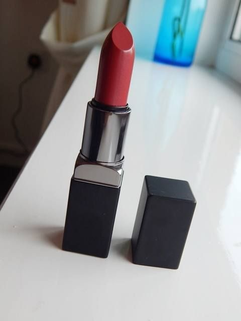 Smashbox Mulberry Be Legendary Lipstick Review, Swatches