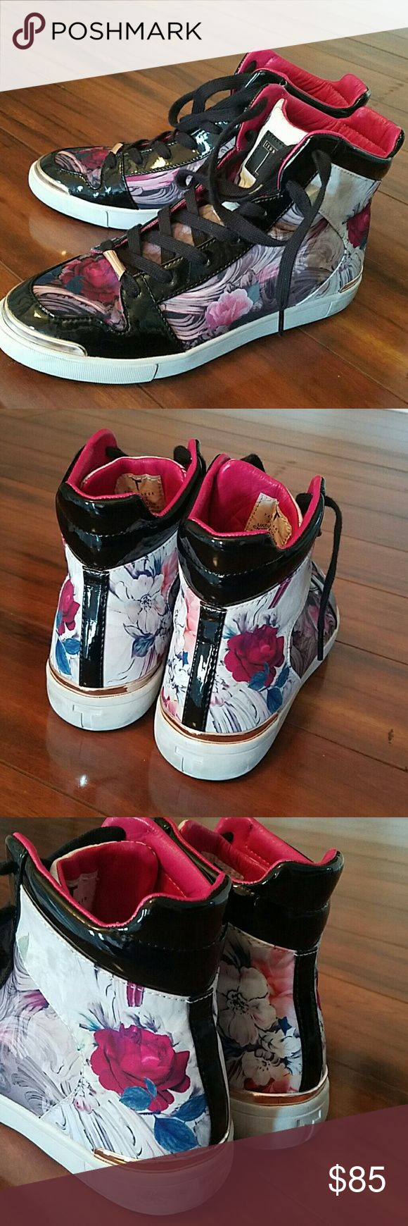 Ted Baker Stylish Sneakers Beautiful Rose Sneakers that 9 is ture to it size and also a 8 in a Half shoe size will work. Ted Baker Shoes Sneakers
