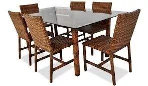 jogo de mesa e cadeiras em fibra sintética