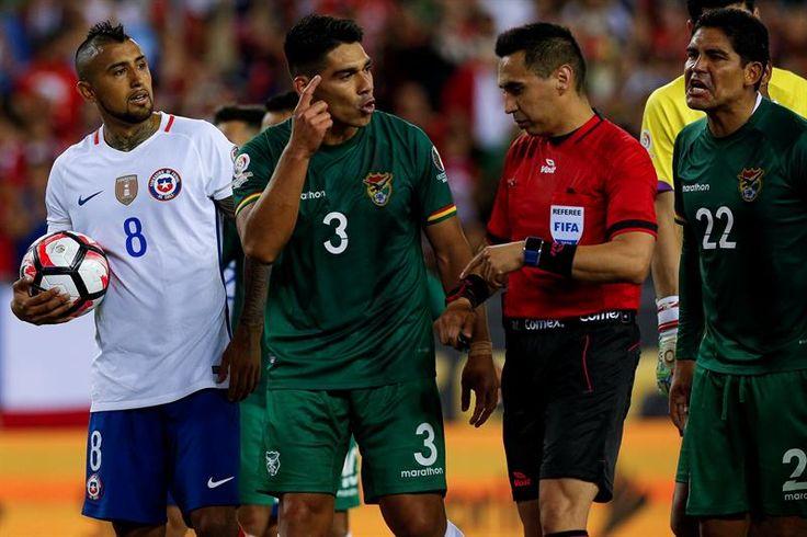 Vidal salva a Chile con un penal inventado en la prolongación y elimina a Bolivia | Radio Panamericana