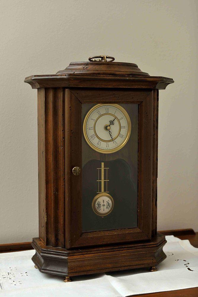 Orologio da Tavolo In Legno a Pendolo Classico Artigianale Antico 519