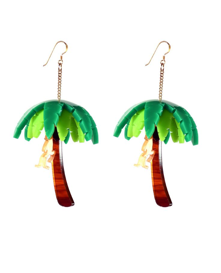 Palm tree earrings: A marvellous palm tree, the highest in the whole jungle is full of long green leaves that create a sinuous shape, from which a monkey is hanging. He's playing non-stop and jumps from one tree to another we can appreciate small details like a delicious coconut that hangs from its trunk.   LIMITED EDITION TO 15 PIECES