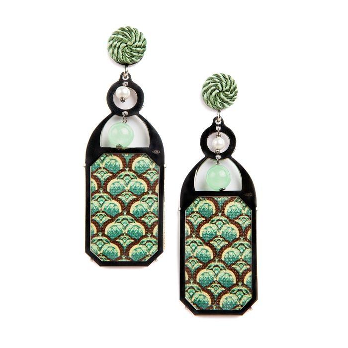 Liberty Decò earrings inspired by the artistic movement Art Nouveau. www.annaealex.com