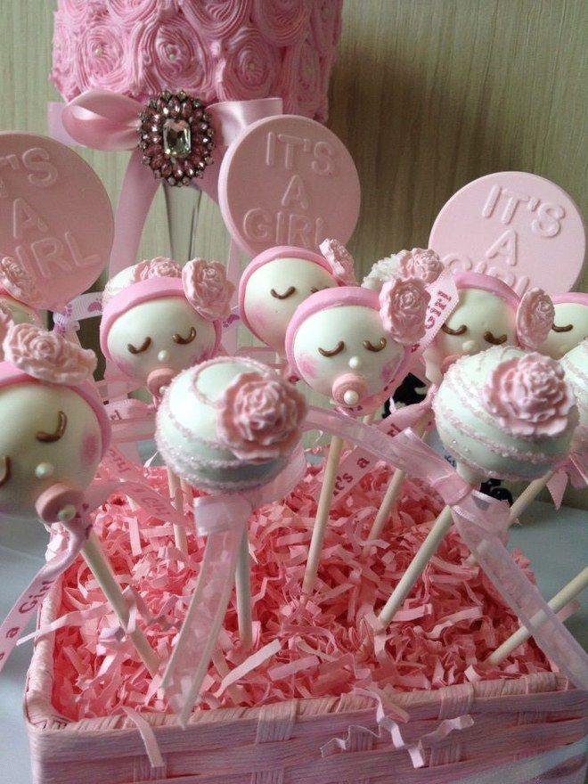 ¿Estás pensando en celebrar tu baby shower o has sido invitada a uno? Aquí tienes algunas ideas de decoración, juegos o regalos que pueden serte útiles...