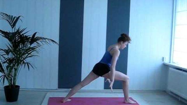Hoe voer ik de yoga Zonnegroet B uit? - Instructies - Weethetsnel.nl
