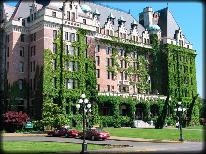 High Tea at The Empress Hotel in Victoria...simply charming!