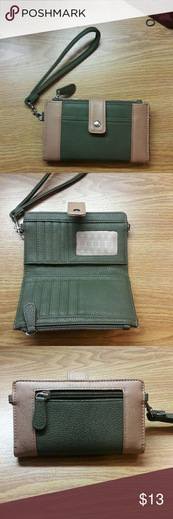 Clutch/Wallet/Wristlet Earth tones. Green and brown clutch Bags Clutches & Wristlets