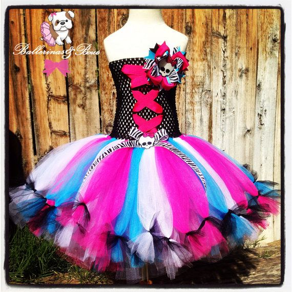 ***PLEASE READ EVERYTHING IN ITS ENTIRETY*****   Monster High inspired tutu perfect for themed birthdays or Halloween. Hairbow featured in photo