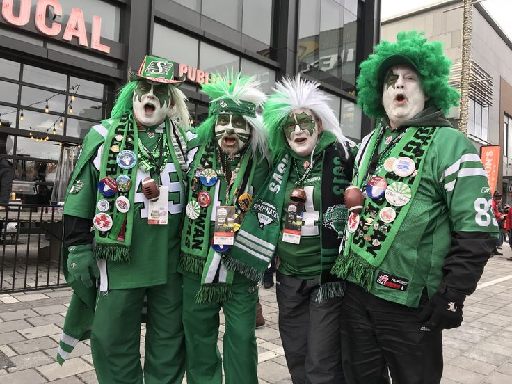I found my green people from the great province of Saskatchewan. I mean, they're kind of everywhere. #GreyCup2017