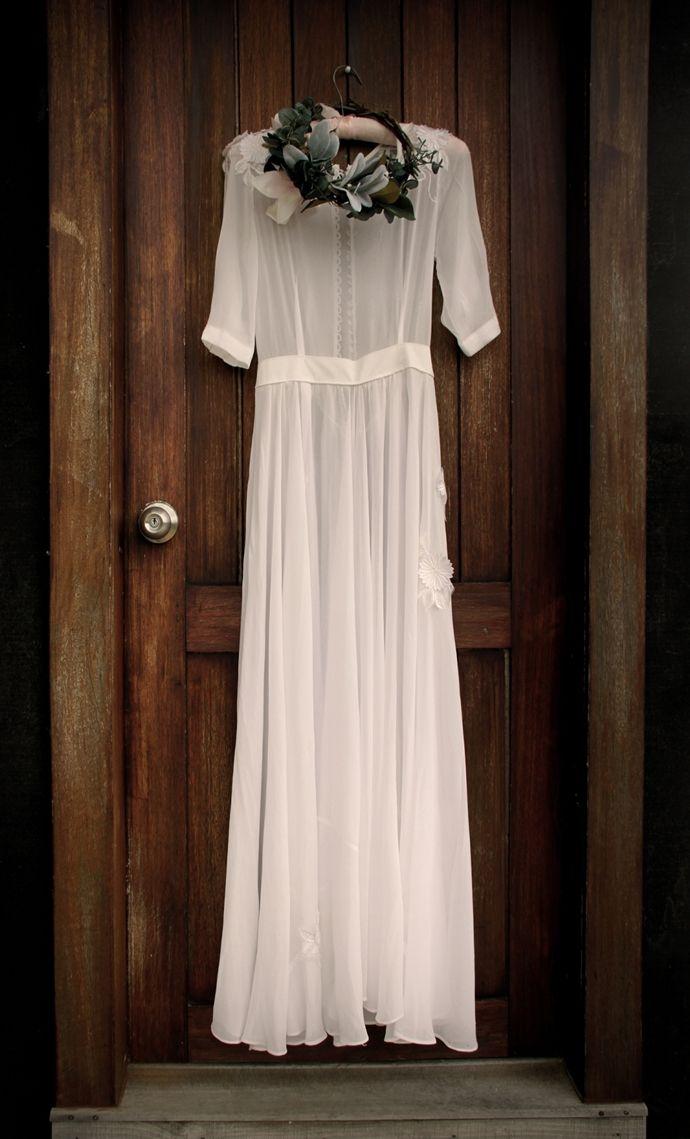 vestidos sencillos para bodas sencillas #invitacionesconhelechos #bodasdiferentes #savethedateprojects