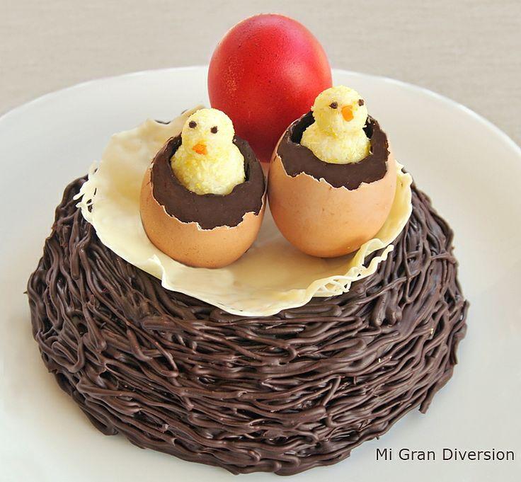 "Original #Mona de Pascua ""Nido de chocolate con pollitos"". Vía @MiGrandiversion (#Receta)"
