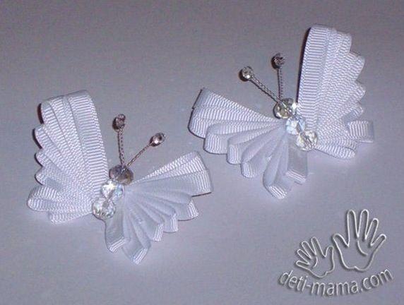 Le farfalle con nastri e perline fai da te - Mi sposo e non mi svenoMi sposo e non mi sveno