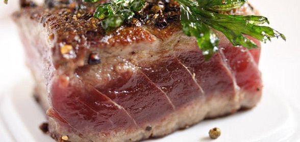Niet echt een uitgebreid recept voor een tonijnsteak omdat het eigenlijk niet nodig is.