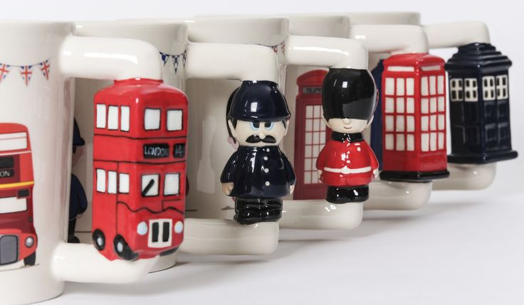 Keramické hrníčky s tvarovanou rukojetí pro všechny milovníky Londýna #hrnek #London #mug #LondonIcons #giftware
