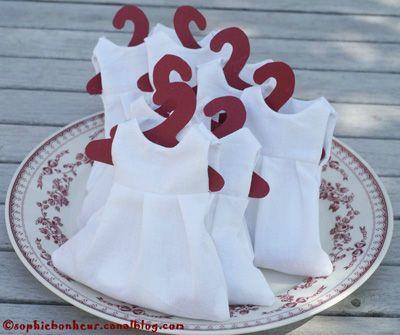 Robettes pour dragées en tissu, Patron de couture gratuit