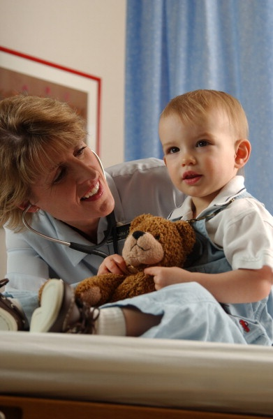 Know the basics of a well-baby exam and how to prepare. #childrenshealth #parents #health