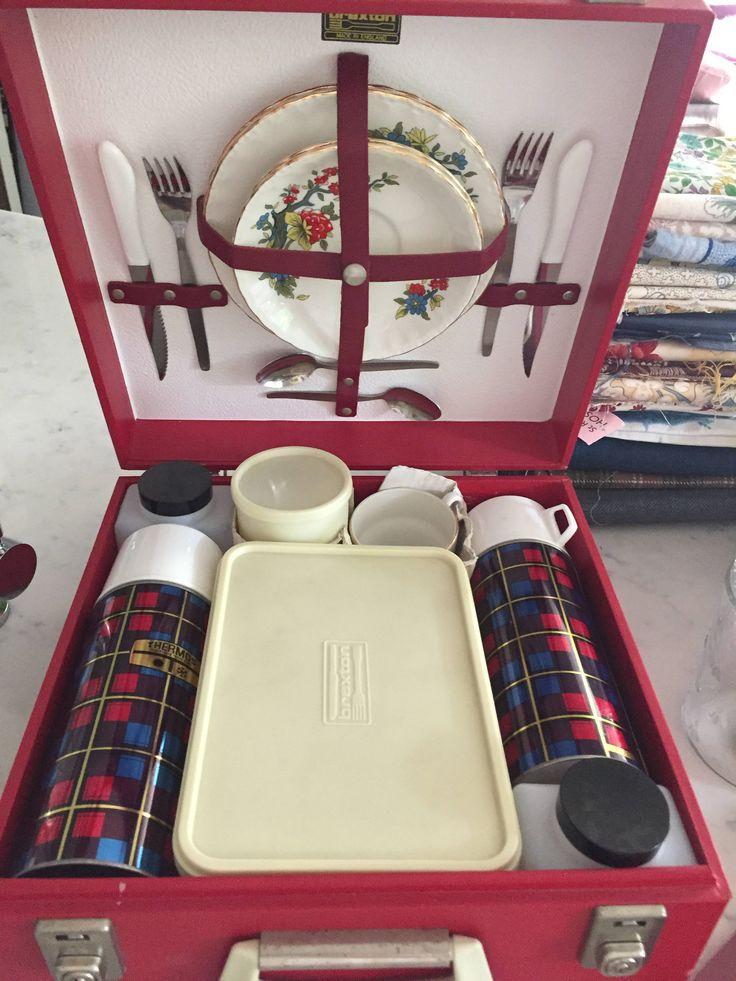 Picnic Basket Spotlight : Best ideas about picnic hampers on