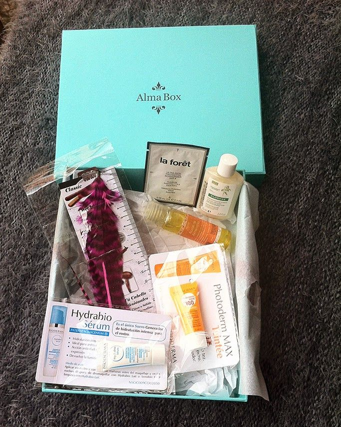 Almabox Febrero - beauty review #beauty #review #cream #oil #laforet #bioderma