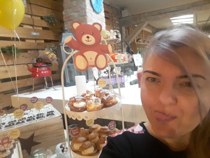 Beary fun. Just me. Deco lover. Passion. Candy bar. Bear quotes. Bear  prints. Bears and cakes decorations. Bear theme. Baby boy. Alina Ariton event planner.